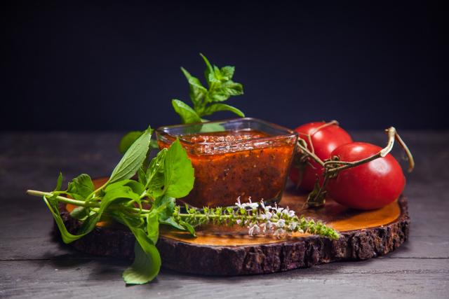 صلصة الطماطم الايطالية الخاصة بالبيتزا