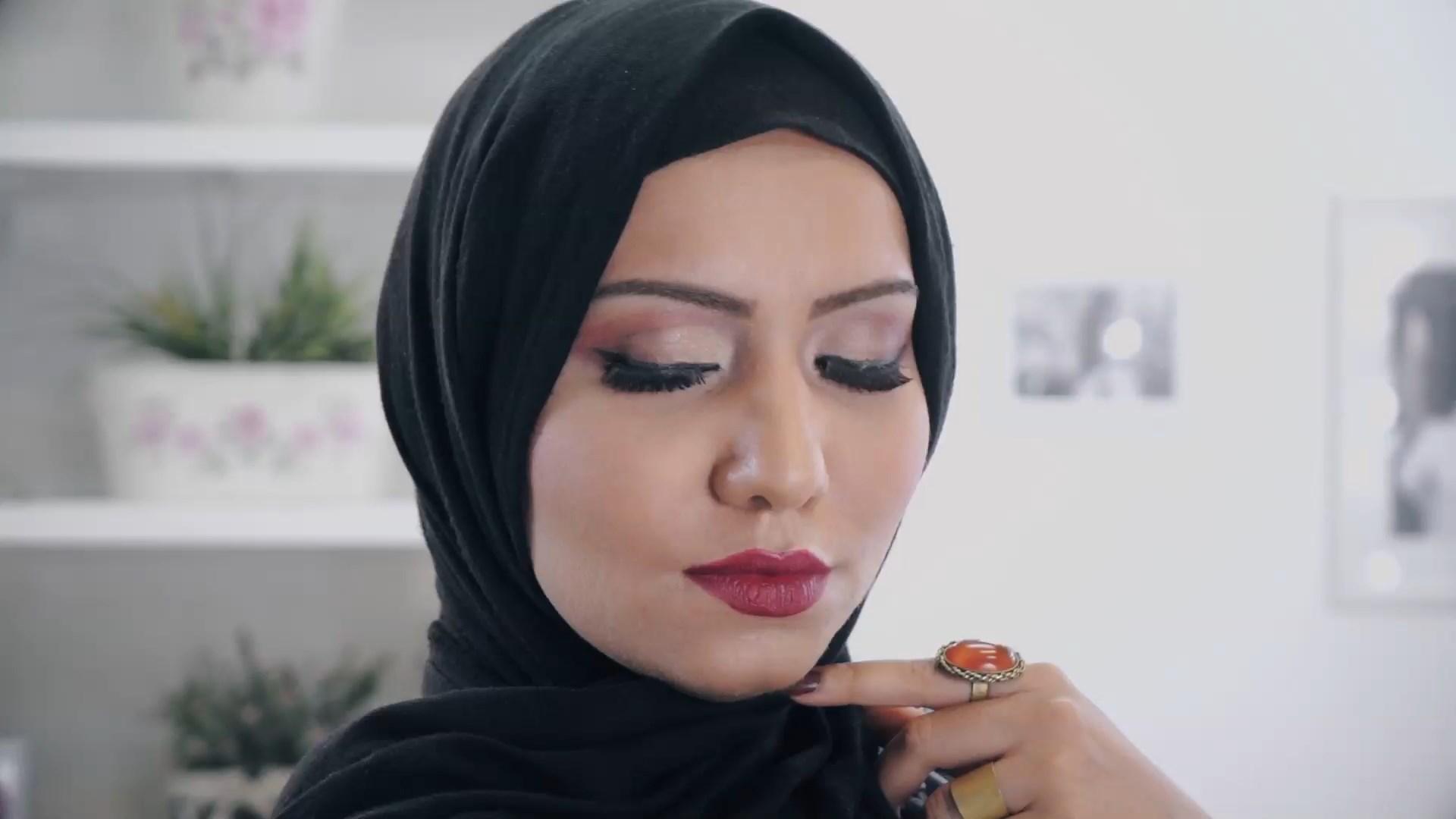 مكياج على الطريقة العربية