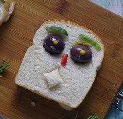 توست بالجبنة للأطفال