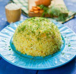 ارز بالبصل الأخضر والشبت