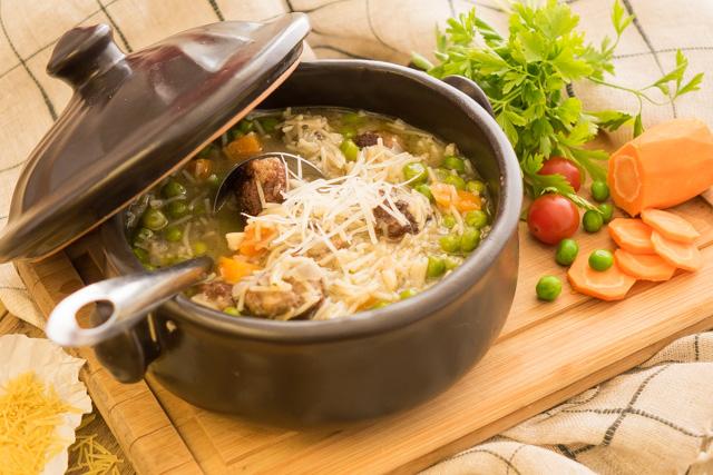 شوربة كفتة وخضروات ( اردني )