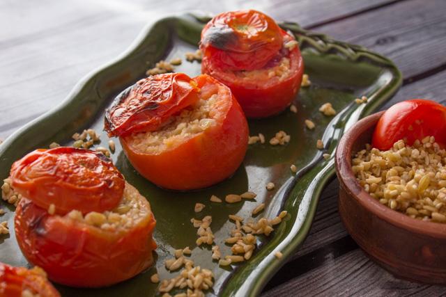 طماطم محشيه بالفريك