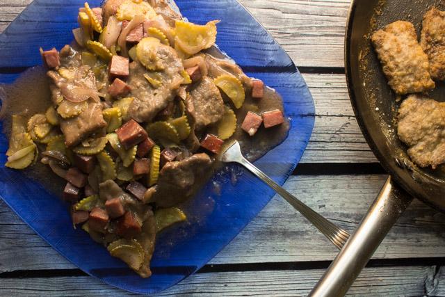 لحم اسكالوب بالكوسة