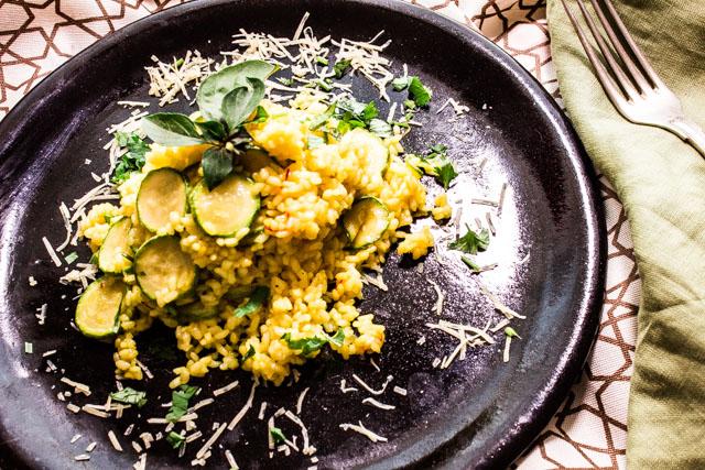 ارز بالكوسة والزعفران