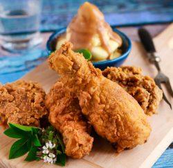 دجاج بروستيد مع بطاطس جريفي