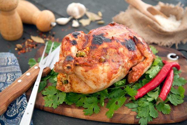 دجاج محشيه ارز بالتتبيلة الحاره