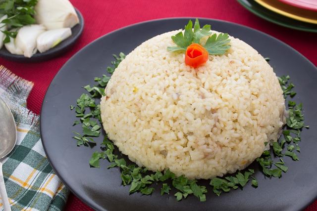 ارز مالح بالحليب