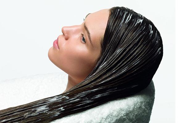 الماسك المعجزة لكل مشاكل الشعر…وكل انواعه كذلك