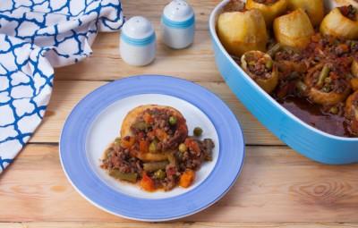 صينية بطاطس وخرشوف باللحم المفروم