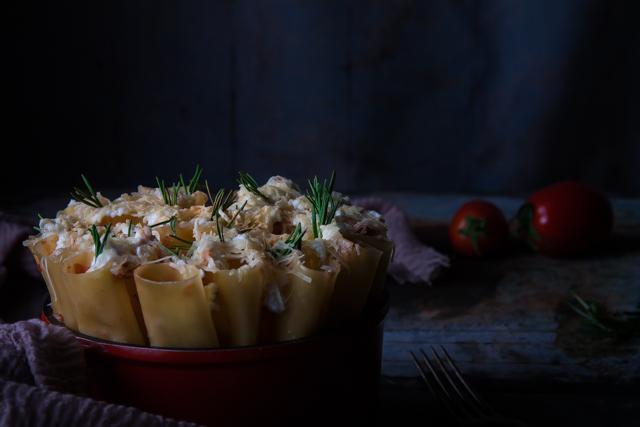 مكرونة كانيلوني باللحم المفروم والجبنة الريكوتا