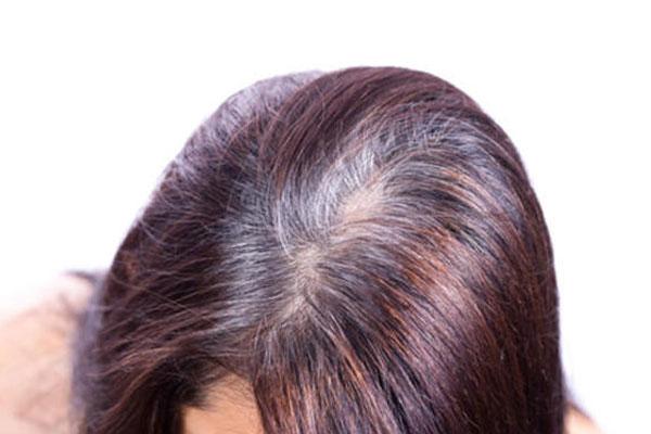 3 حيل لإخفاء لون جذور شعرك