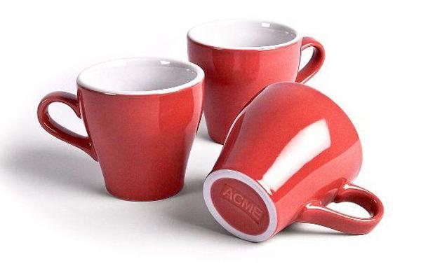 5 طرق فعالة للتخلص من اصفرار أكواب الشاي