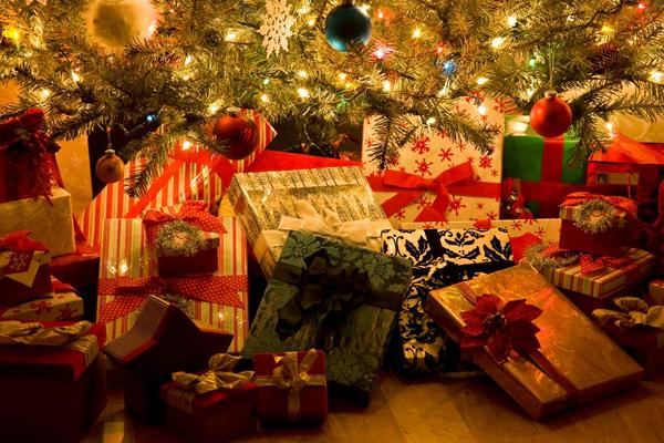 اقتراحات لهدايا الكريسماس لصديقاتك