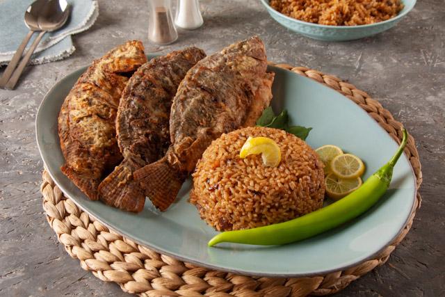 سمك بلطي وأرز سمك