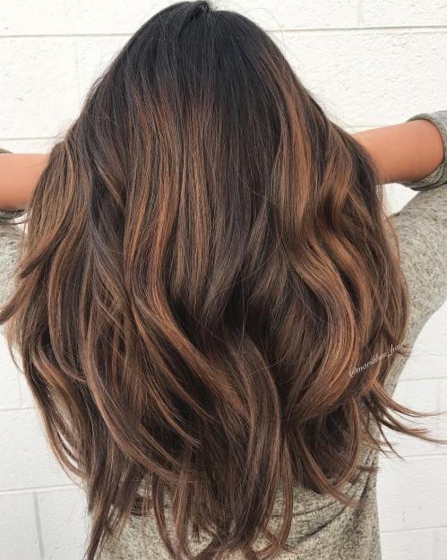 ٤ وصفات سحرية للحصول علي الشعر طويل وثقيل