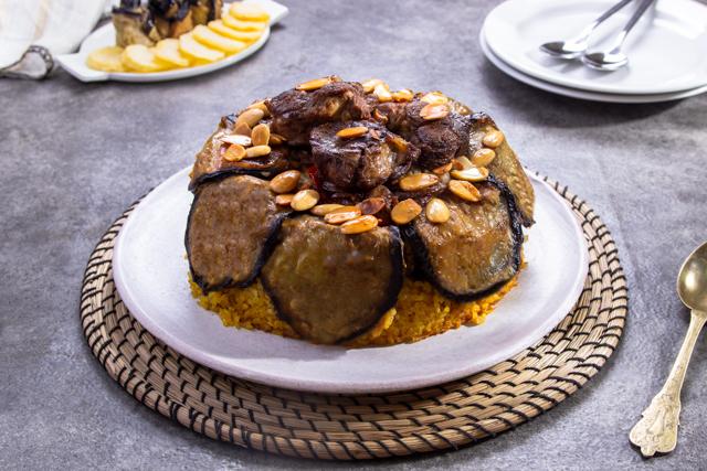 مقلوبة اللحم و الباذنجان