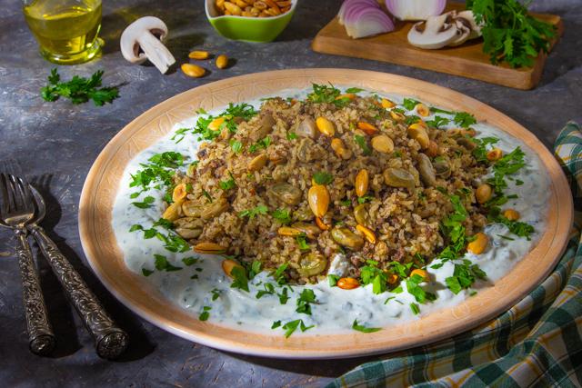 طاجن أرز باللحم , ارز باللحمة والفول الاخضر 2021 untitled-1-26.jpg