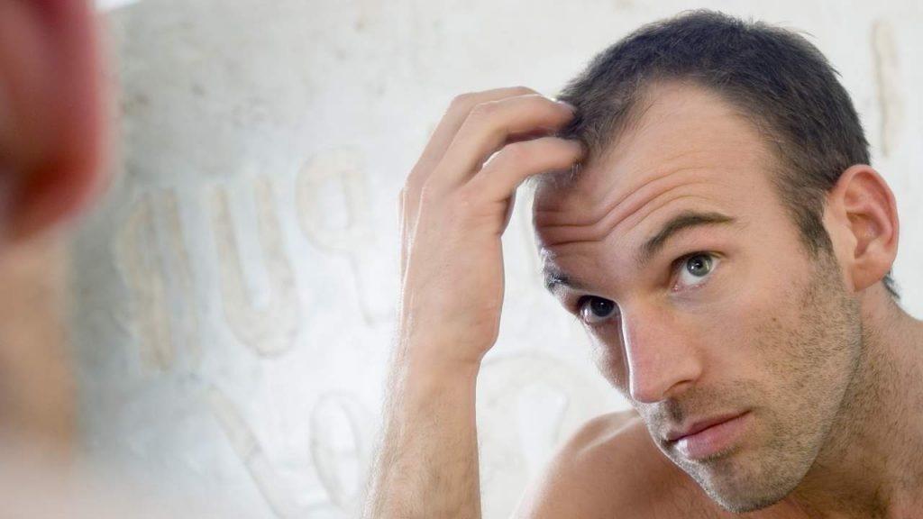 5 وصفات لماسكات طبيعية لحماية الشعر من التساقط